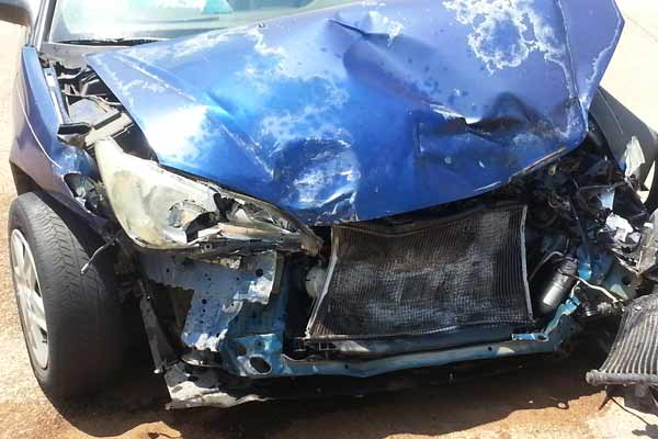 crashed car and injuries - free legal advice